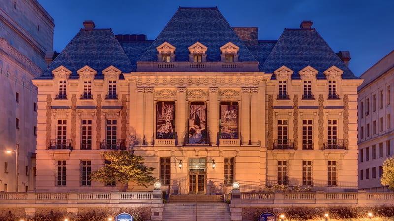 46 St. Louis University Museum of Art