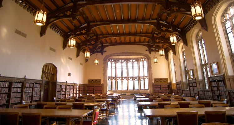 50-amazing-libraries-bizzell-library