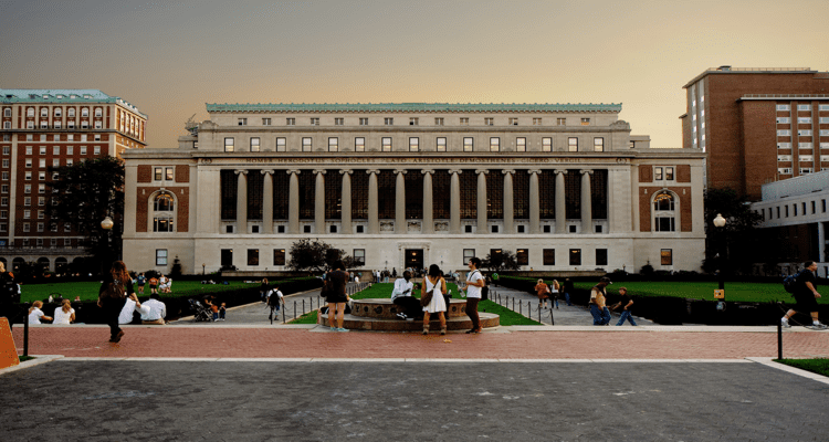 50-amazing-libraries-butler-library-columbia