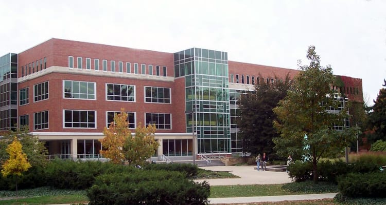 50-amazing-libraries-michigan-state-main-library