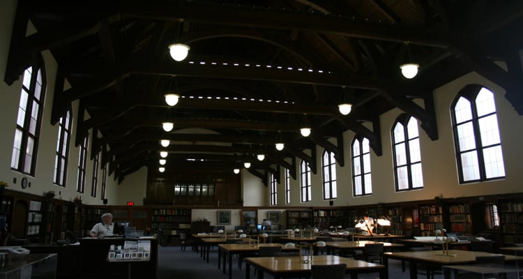 50-amazing-libraries-smathers-library-florida