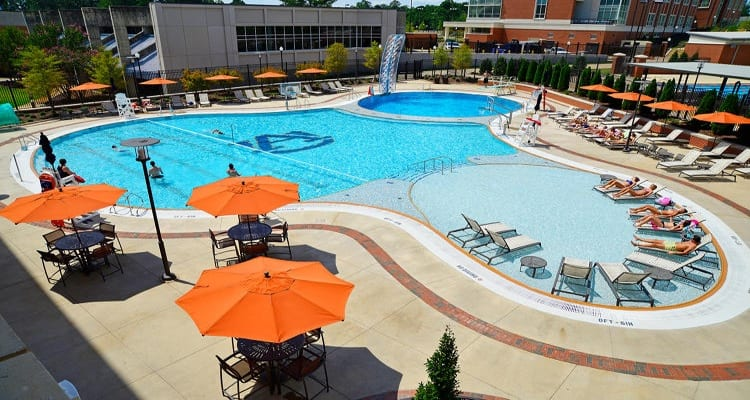 The 30 Best College Pools