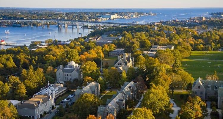 best-college-quads-Connecticut College
