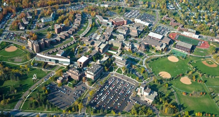 best-college-quads-University of Minnesota Duluth